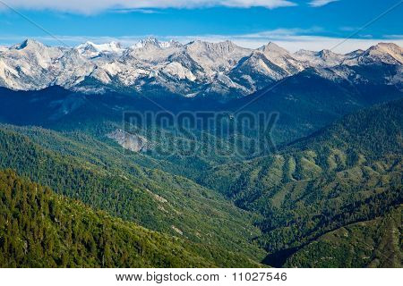 View from Moro Rock in Sequoia National Park in California