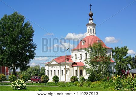 Kolomna, Russia - June, 2012: Temple Of The Resurrection In Kolomna