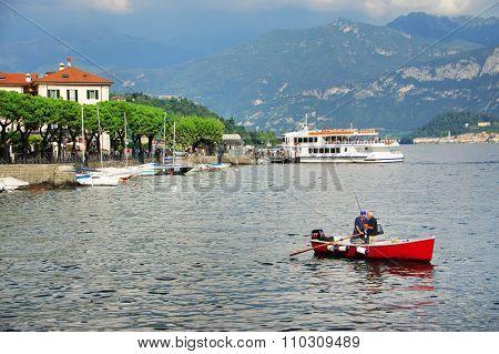LAKE COMO, ITALY/EUROPE - SEPTEMBER 29 : Fishing boat on Lake Como, Italy, on September 29, 2015
