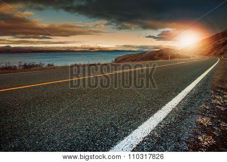 Landscape Lookout Of Asphalt Highway In Aoraki - Mt.cook National Park New Zealand