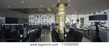 Restaurant Bar In Hotel Lobby Interior