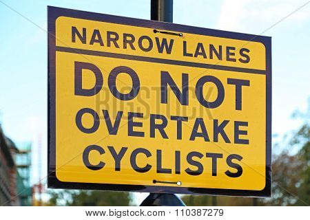 Cyclist Sign