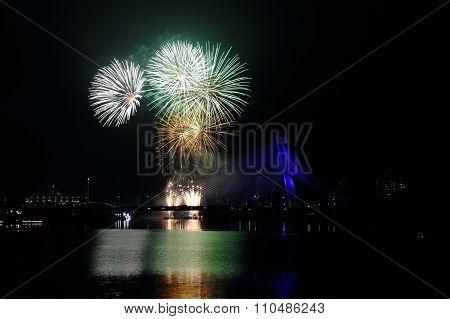 Firework at Putrajaya Bridge
