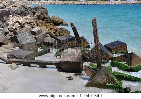 Ecology Blocks: Breakwater