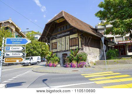 Knabenschutzenhaus In Thun