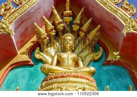 gold buddha statue with 7 heads Naka dragon