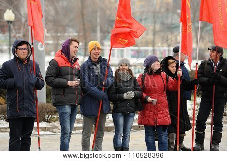 Orel, Russia - December 05, 2015: Truck Drivers Picket. Girls And Boys With Red Communist Flags