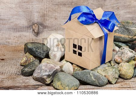 Discounts And Bonuses For Real Estate As A Gift