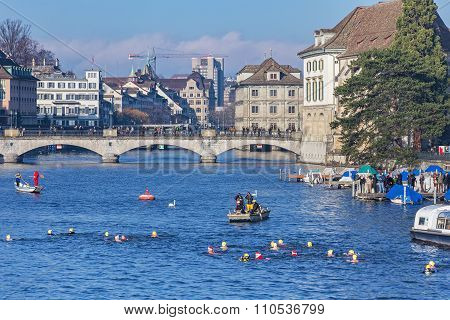 Participants Of The Zurich Samichlaus-schwimmen Crossing The Limmat River