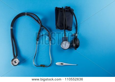 Medical Devices Stethoscope, Tonometer, And Thermometer
