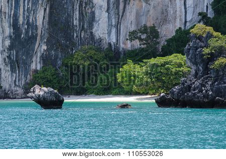 The Small, Secluded Beach Of The Trees Covered Island. Koh Hong Island At Phang Nga Bay Near Krabi A
