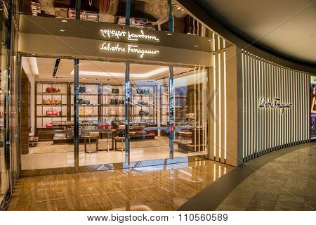 Singapore  - AUGUST 5, 2014: The Shoppes shopping mall on August 5 in Singapore , Singapore . Famous Brand shops at the Shoppes shopping mall in Marina Bay Sands hotel