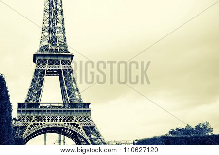 France Blur Background