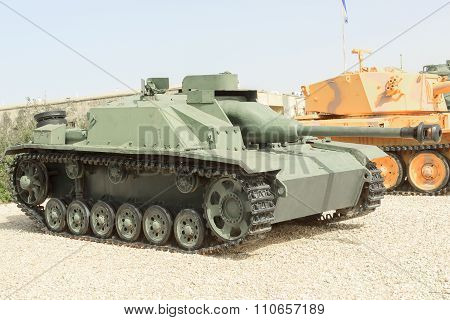 Latrun, Israel - April 02, 2010: Stug Iii Ausf G In Yad La-shiryon