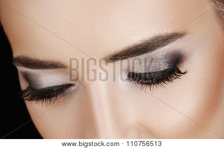 Woman Lashes