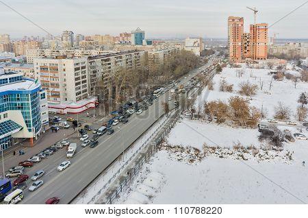 Traffic on Profsoyuznaya street in Tyumen. Russia
