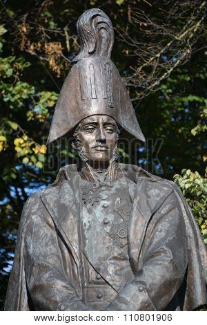 : Statue of Russian Field Marshal Michael Barclay de Tolly