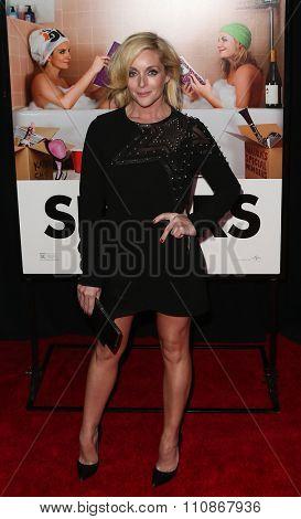NEW YORK-DEC 8: Actress Jane Krakowski attends the premiere of