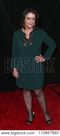 NEW YORK-DEC 8: Actress Rachel Dratch attends the premiere of