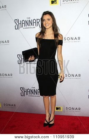 LOS ANGELES - DEC 4:  Poppy Drayton at the he Shannara Chronicles at the iPic Theaters on December 4, 2015 in Los Angeles, CA