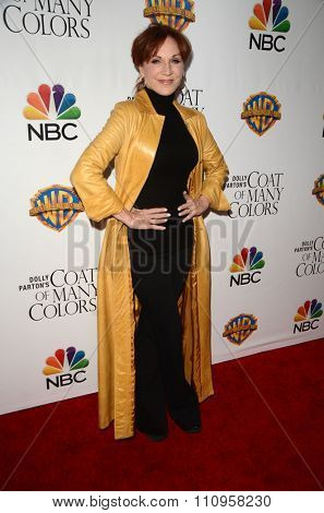 LOS ANGELES - DEC 4:  Marilu Henner at the Dolly Parton's Coat Of Many Colors at the Egyptian Theater on December 4, 2015 in Los Angeles, CA