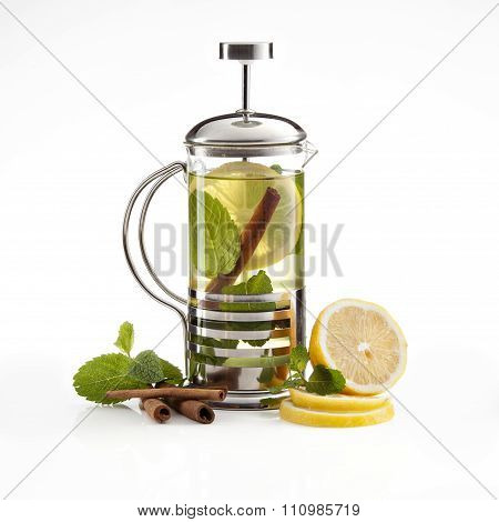 hot lemon-apple tea