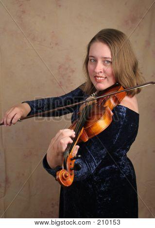 Classical Violinist 1