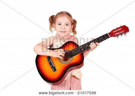 kleine Mädchen Spiel akustische Gitarre