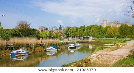 Barcos en el río Arundel