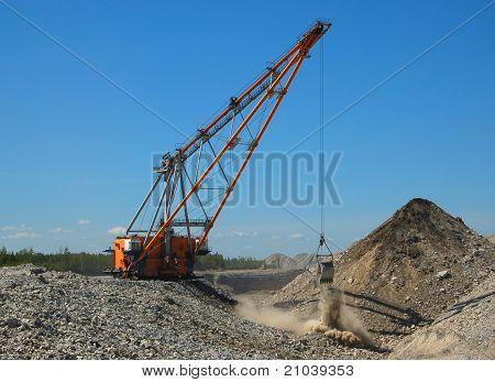 Dragline in open pit