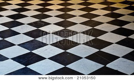 Black and White marble floor tiles