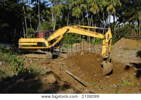 Machine Digging Soil