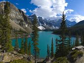 Beautiful Specticle Moraine Lake