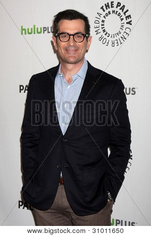 LOS ANGELES - MAR 14:  Ty Burrell arrives at the