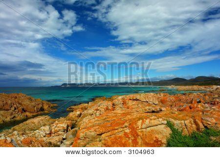 east tasmanian coast with rocks and