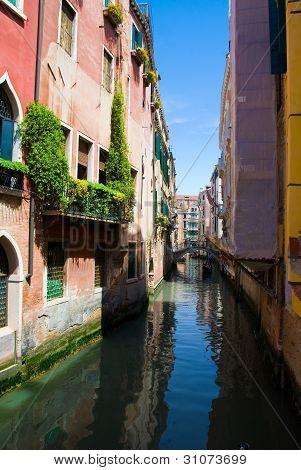 Venedig-Canal mit Gondel, Italien