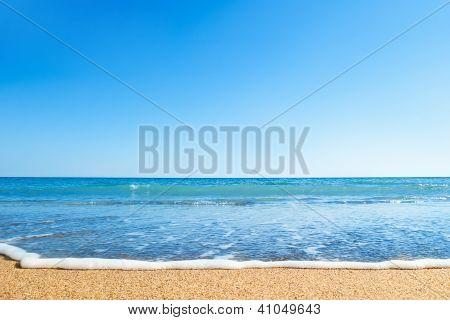 Strand und Meer. reine Himmel