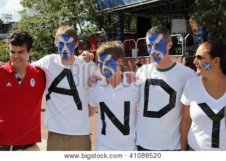 Andy Murray's  fans ready for final match at US OPEN 2012