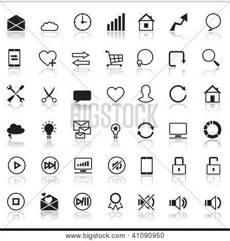Set of 42 SEO internet icons.