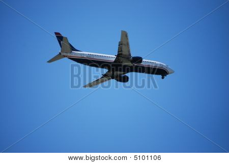 Airplane Arriving