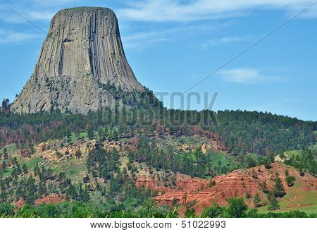 Devil's Tower monument.