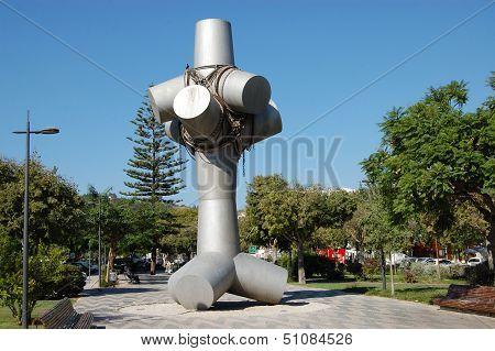 Monument - Av Luisa Todi