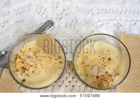 Dessert Vanilla And Almond Cream