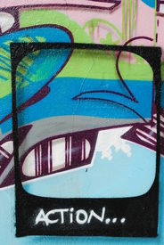 picture of ovni  - photo of urban art on abandoned city places - JPG