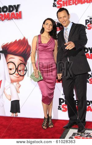 LOS ANGELES - MAR 5: Steve Valentine, wife Ina at the premiere of 'Mr. Peabody & Sherman' at Regency Village Theater on March 5, 2014 in Los Angeles, California