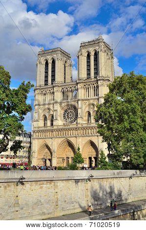Paris. Notre Dame