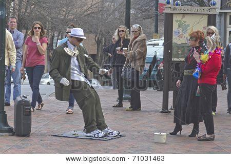 Asheville Living Statue