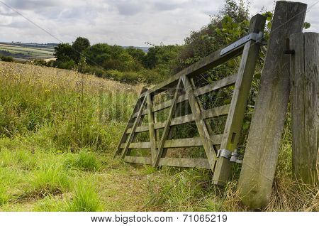 Broken Field Gate, Brubberdale, East Yorkshire
