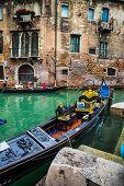 picture of gondola  - VENICE ITALY  - JPG
