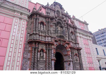 Basilica Of Nuestra Senora De La Merced